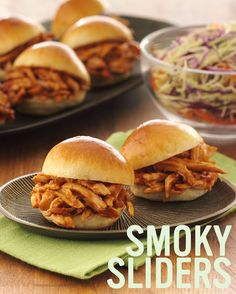 BBQ Chicken Sliders #recipe. Chicken Sliders, Bbq Chicken, Chicken Recipes, Roast Gravy, Side Recipes, No Cook Meals, Casseroles, Crock Pot, Entrees