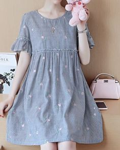 Dress Summer Korean 25 New Ideas Trendy Dresses, Simple Dresses, Cute Dresses, Casual Dresses, Summer Dresses, Frock Fashion, Korean Fashion Dress, Fashion Dresses, Dress Outfits