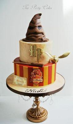 Harry Potter Cake by stephanii