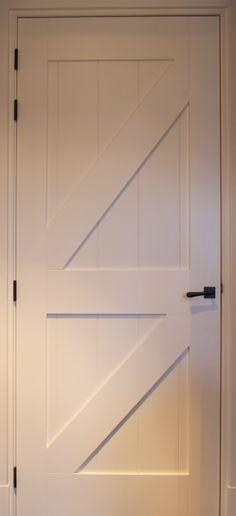 Binnendeuren. MDF landelijke / boerderij deur.