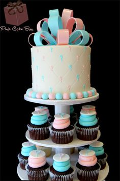 Cupcake Stand for Baby Shower or Gender Reveal Party : These question mark cupcakes are great! Torta Baby Shower, Deco Baby Shower, Shower Bebe, Baby Reveal Cupcakes, Baby Gender Reveal Party, Gender Party, Pink Cake Box, Reveal Parties, Cakes And More