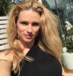 #MichelleHunziker Michelle Hunziker: Che bello arriva l'estate!!! Un bacio