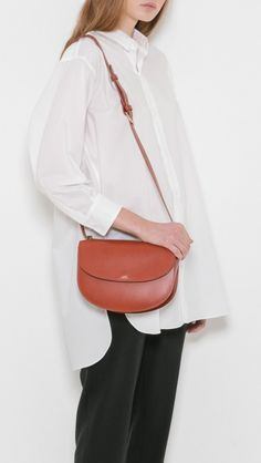 Apc, Vegetable Tanned Leather, Minimalist Fashion, Saddle Bags, Style Inspiration, Shoulder Bag, My Style, Shopping, Clothes