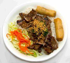 Cố Đô Huế ~ Vietnamese Dining Wor Wonton Soup, Wonton Noodle Soup, Wonton Noodles, Grilled Chicken Salad, Grilled Shrimp, Grilled Pork, Pork Noodle Soup, Beef And Noodles, Young Chow Fried Rice