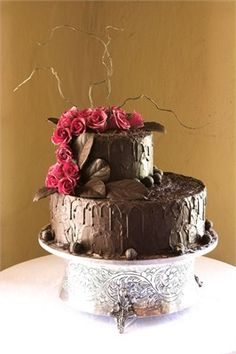 Cakes Coated With Ganache Roughed Surface Resemble Wood Pattern Of Course Roses Are Not A Good Choice For Mr Tee