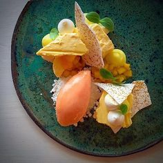 | Grape fruit • Pineapple • Mango • Meringue | By @chefrichardkarlsson Served on a beautiful ceramic plate by @bartolj_ceramics ••••••••••••••••••••••••••••• Follow @simplistic_food Follow @simplistic_food ••••••••••••••••••••••••••••• Tag us in your favorit dishes for a chance to be featured #simplisticfood & #nordic_chefs…