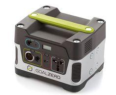Generador solar de emergencia. Se puede cargar también en el auto o en cualquier tomacorriente.