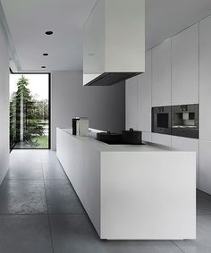 Beautiful Modern Minimalist Kitchen Designs -- Essentials Organization Design Simple Supplies Cabinets Modern Decor Ideas List Pantry Utensils Scandinavian Island Small Table Storage Apartment Rustic Black Items DIY Cupboards Counter Appliances Bohemian W Modern Kitchen Design, Modern Interior Design, Interior Design Kitchen, Kitchen Decor, Kitchen Designs, Modern Decor, Modern Condo, Condo Interior, Kitchen Ideas
