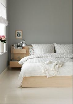 Hervorragend MALM Bed Frame, Low IKEA Real Wood Veneer Will Make This Bed Age Gracefully.