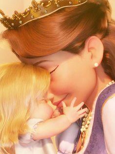 Baby Rapunzel and her mother // Disney Tangled Disney Rapunzel, Disney Pixar, Rapunzel Flynn, Deco Disney, Film Disney, Disney Girls, Disney And Dreamworks, Disney Animation, Disney Art