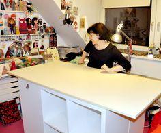 une table de couture sur mesure avec kallax tables de couture ikea et table. Black Bedroom Furniture Sets. Home Design Ideas