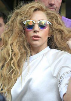 15 Interessante Lady Gaga Frisuren Frisuren Promi Frisuren Promi Kurze Haare Haar Styling