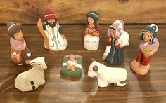 Un favorito personal de mi tienda Etsy https://www.etsy.com/es/listing/242773579/vintage-nativity-set-8-pieces