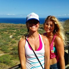 Happy surfer girls Alex and Amanda sharing a fun afternoon with the ladies on our surf retreat, hiking up to the top of the Diamond Head Crater. #oahu #waikiki #oceanview #surftrip www.chicasurfadventures.com/hawaii-surf-camp