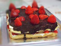 http://saberescomsabores.blogspot.pt bolo-com-chantily-e-morangos