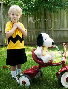 Charlie Brown inspired Halloween costume shirt, The Chuck, with black zigzags by sweetpeaalamode on Etsy