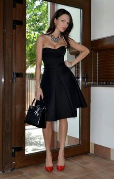 fashforfashion -♛ STYLE INSPIRATIONS♛ Such an elegant and classic look.  Black sweetheart dress and red heels.