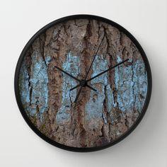 Blå bark Wall Clock by lisnas Wall Clock Frame, Unique Wall Clocks, Natural Wood, Crystals, Store, Storage, Crystals Minerals, Shop, Crystal