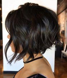 Stacked & textured ♀️ #headrushdesigns . . . #beyoutiful #btconeshot_boblob18 #behindthechair #modernsalon #donaldscottnyc #dsny…