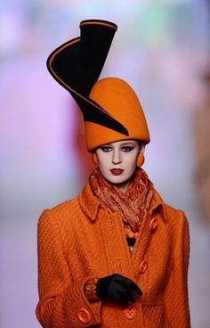 Slava Zaitsev: Fall 2013 #millinery #judithm #hats