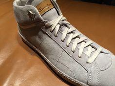 De sneaker van Santoni. Nu verkrijgbaar bij Town & Country Arnhem