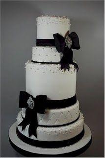 31 best Black & White Wedding Cakes images on Pinterest   Black and ...