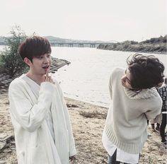 Dojoon & Jaehyeong #더로즈 #TheRose #band