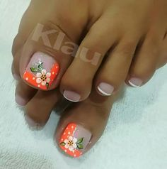 Uñas para mi Pretty Toe Nails, Cute Toe Nails, Pedicure Nail Art, Toe Nail Art, Toe Nail Designs, Nail Polish Designs, Flower Pedicure Designs, Glitter Toe Nails, Country Nails