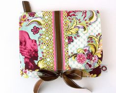 Padded iPad case tutorial - The Polkadot Chair - would be cute in simple colors/patterns