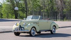 1939 Buick 60 Roadster