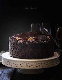 Coffee cream cake with caramel cream detail Fudge Cake, Brownie Cake, Pie Cake, No Bake Cake, Frosting Recipes, Cupcake Recipes, Baking Recipes, Cupcake Cakes, Romanian Desserts