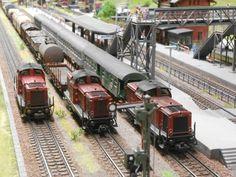 Track Layout Ideas for Your Model Train N Scale Model Trains, Model Train Layouts, Scale Models, Standard Gauge, Real Model, Ho Trains, Train Set, Train Tracks, Ho Scale