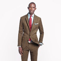 There are a ton of details that go into the Ludlow, but quite simply it's a great suit in world-class fabric. Crafted in hardy tweed from England's Abraham Moon mill (est. 1837). Tailored, modern cut with a trim silhouette. 2 1/2 lapel. English wool. Two-button closure. Hand-finished collar. Nonfunctional buttons at cuffs. Interior pickstitching. Double vent. Bemberg lining. Dry clean. Import.