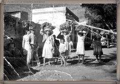 Adeje año 1960.....  #canariasantigua #blancoynegro #fotosdelpasado #fotosdelrecuerdo #recuerdosdelpasado #fotosdecanariasantigua #islascanarias #tenerifesenderos