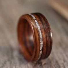 Santos Palisander Bentwood Ring mit Versatz von stoutwoodworks