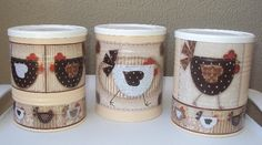Coffee Can Crafts, Tin Can Crafts, Diy And Crafts, Altered Tins, Altered Bottles, Mason Jar Crafts, Mason Jars, Clay Jar, Chicken Crafts