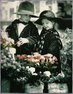mon village Evans -  poésies - gifs-images peintres - Fleurs - chats - cartes postales -