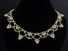 DIY Jewelry: FREE beading pattern for a gorgeous pearl and crystal necklace, suitable for evening or bridal. Simple to make; classic and beautiful!