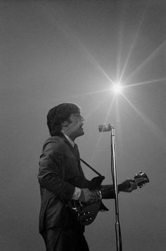 1964 image provided by the David Anthony Fine Art gallery in Taos, N., shows a photograph of John Lennon taken by photographer Mike Mitchell during the Beatles first live U. The Beatles, Foto Beatles, Beatles Photos, John Lennon Beatles, Jhon Lennon, Beatles Bible, Ringo Starr, George Harrison, Paul Mccartney