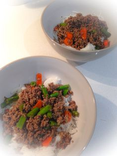 Minced beef w/ stir fried vegetables on top of rice vermicelli:)