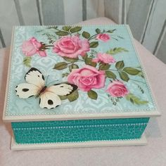 Painted Jewelry Boxes, Painted Boxes, Diy Trinket Box, Handmade Envelopes, Decoupage Box, Altered Boxes, Boho Diy, Treasure Boxes, Toy Boxes