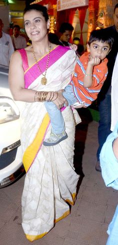 Kajol's family day out for Durga Puja - Yahoo OMG! India