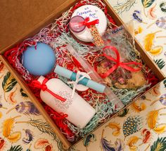 Идеи новогодних спа-подарков своими руками. «Волшебный пилинг для самой нежной мамы/подруги!» Неумолимо близится пора новогодних праздников – время выбора подарков для родных и друзей. Спешу поделиться своими идеями домашних спа подарков, которые доставят массу удовольствия и вам, вашим близким.