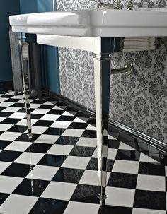 #Sbordoni #Neoclassica #Waschtischkonsole Mit Messingstruktur | #Nostalgie  #Keramik | Im Angebot
