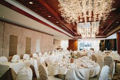 Simplify your wedding planning with one of our professionally arranged packages. Vancouver Wedding Venue, Hotel Wedding Venues, Vancouver Wedding Photographer, Wedding Locations, Vancouver Hotels, Shangri La Hotel, Hotel Packages, Great Wall Of China, Star Wedding