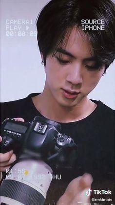Seokjin, Bts Jin, Bts Bangtan Boy, Bts Wallpaper Lyrics, Bts Face, Bts Funny Videos, Bts Playlist, Bts Korea, Worldwide Handsome
