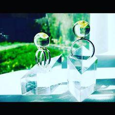 Www.Aesidhe.com | sterling silver 925 ring with authentic pink pearl encapsulated in a crystal resin sphere #aesidhe #silver #silverjewelry #sterlingsilver #pearls #pearl #pink#pinkpearl #rings #jewellery #jewelry #design #jewellerydesigners #fashion #instachic #instacool #instashop #instafashion #etsy #etsyshop #madeinspain #toledo #joyeriacreativa #margalgau