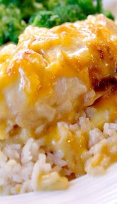 Cheesy Chicken and Rice Casserole ~ Says: There's hardly any prep time involved since the rice, chicken, and other ingredients are all uncooked when you put it in the oven! The oven does all the work!