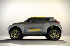 Renault Kwid Concept with Traffic Checking Drone 3
