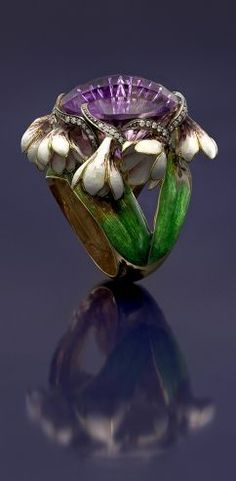 Art Nouveau flower ring...pinned by ♥ wootandhammy.com, thoughtful jewelry.